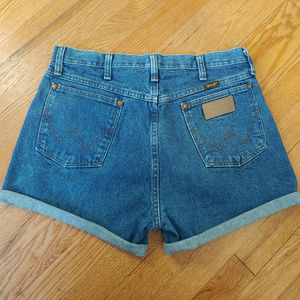 Vintage High Waist Wrangler Mom Jean Shorts